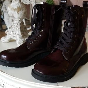 Mossimo combat boots